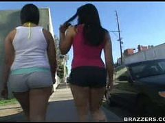 Alexa and Rosario get their asses slammed in an alley...