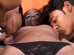Hot indian bitch onto 2 cocks